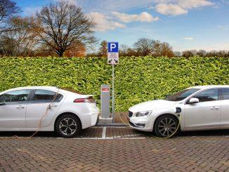 Devrais-je acheter une voiture hybride rechargeable